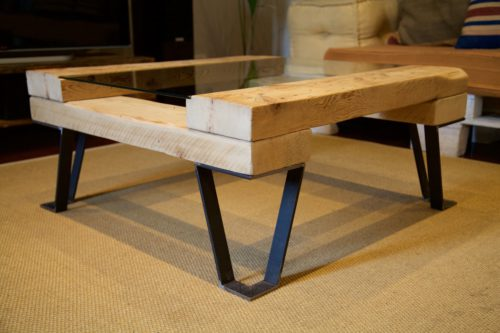 Mesa frank paletos for Mesas hechas con tarimas