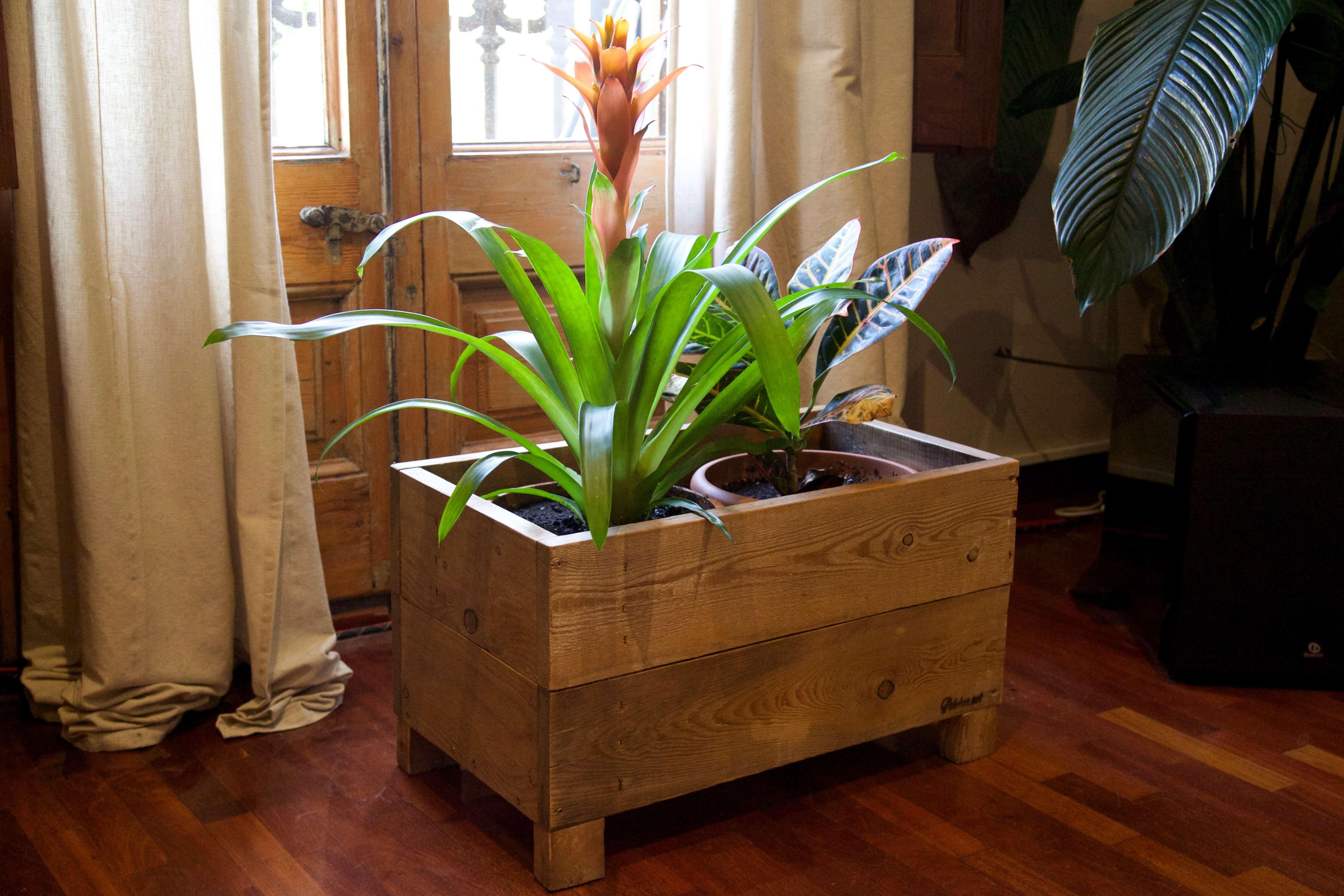 Jardinera seligman paletos - Sillas hechas con palets ...