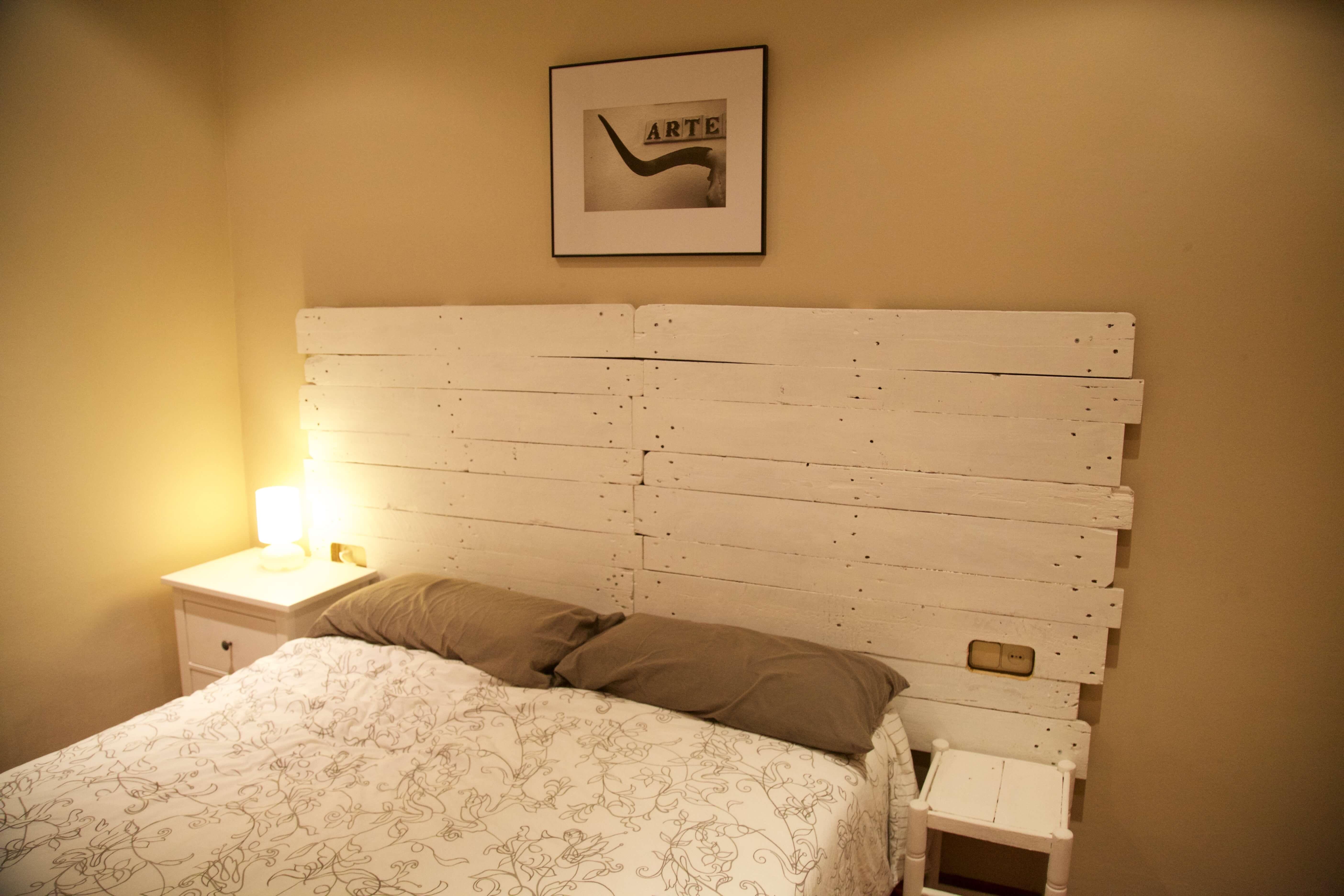 Cabeceros de cama con palets cabeceros de cama with - Cabecero de tablas ...