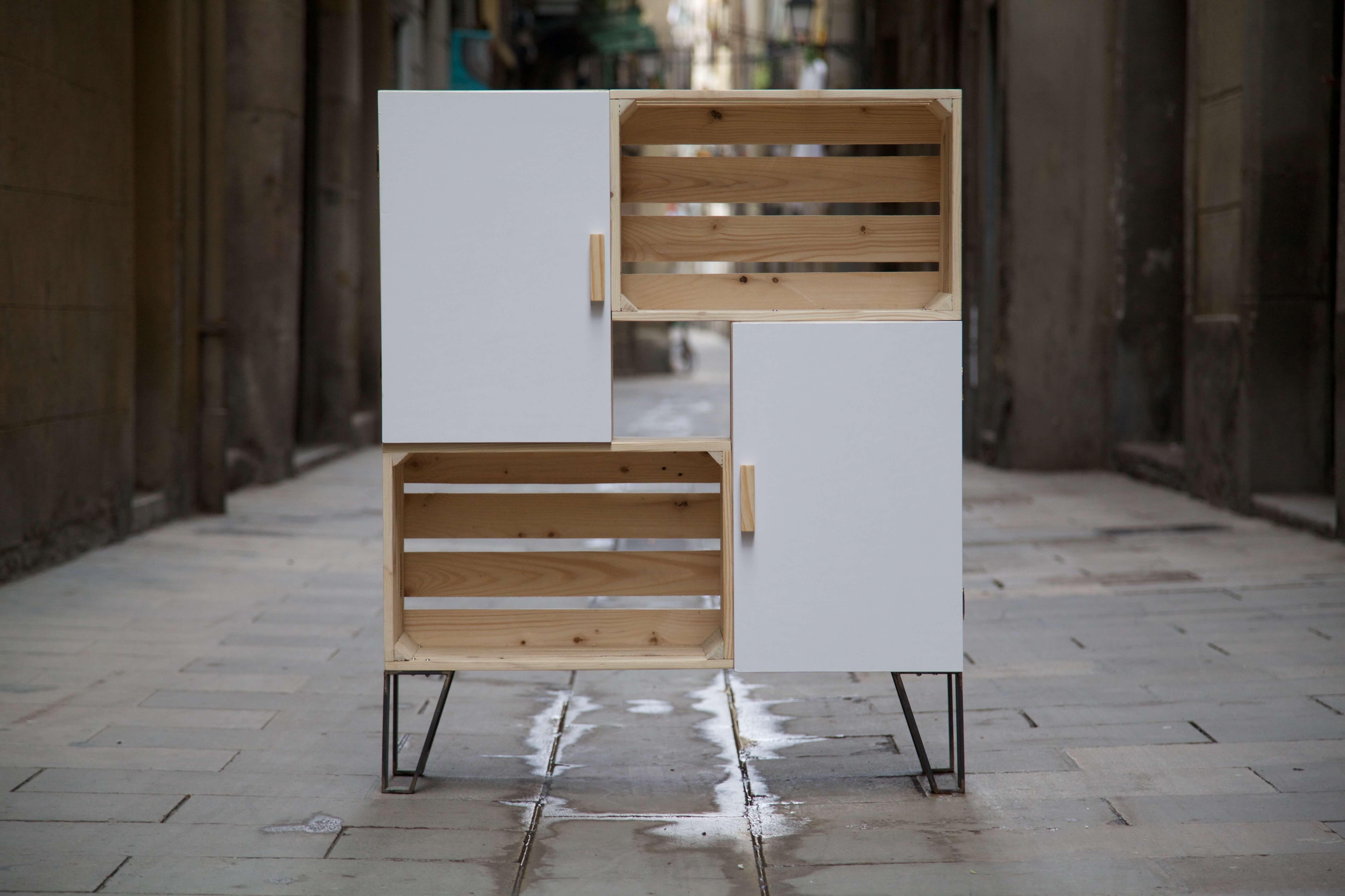 Mueble con cajas recicladas nemo blanco paletos for Muebles de bano con palets
