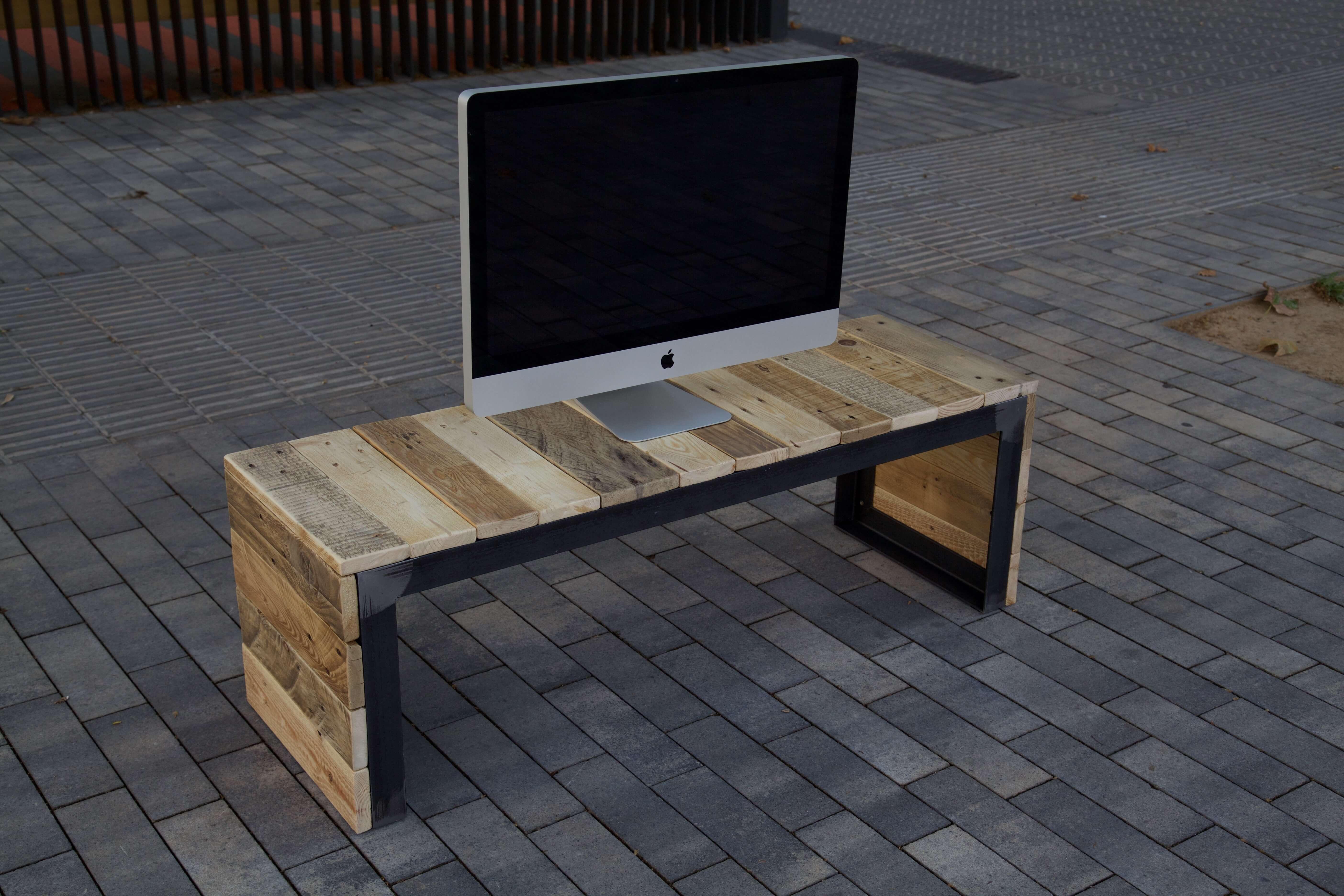 Mueble de tv fury paletos for Muebles de palet de europa