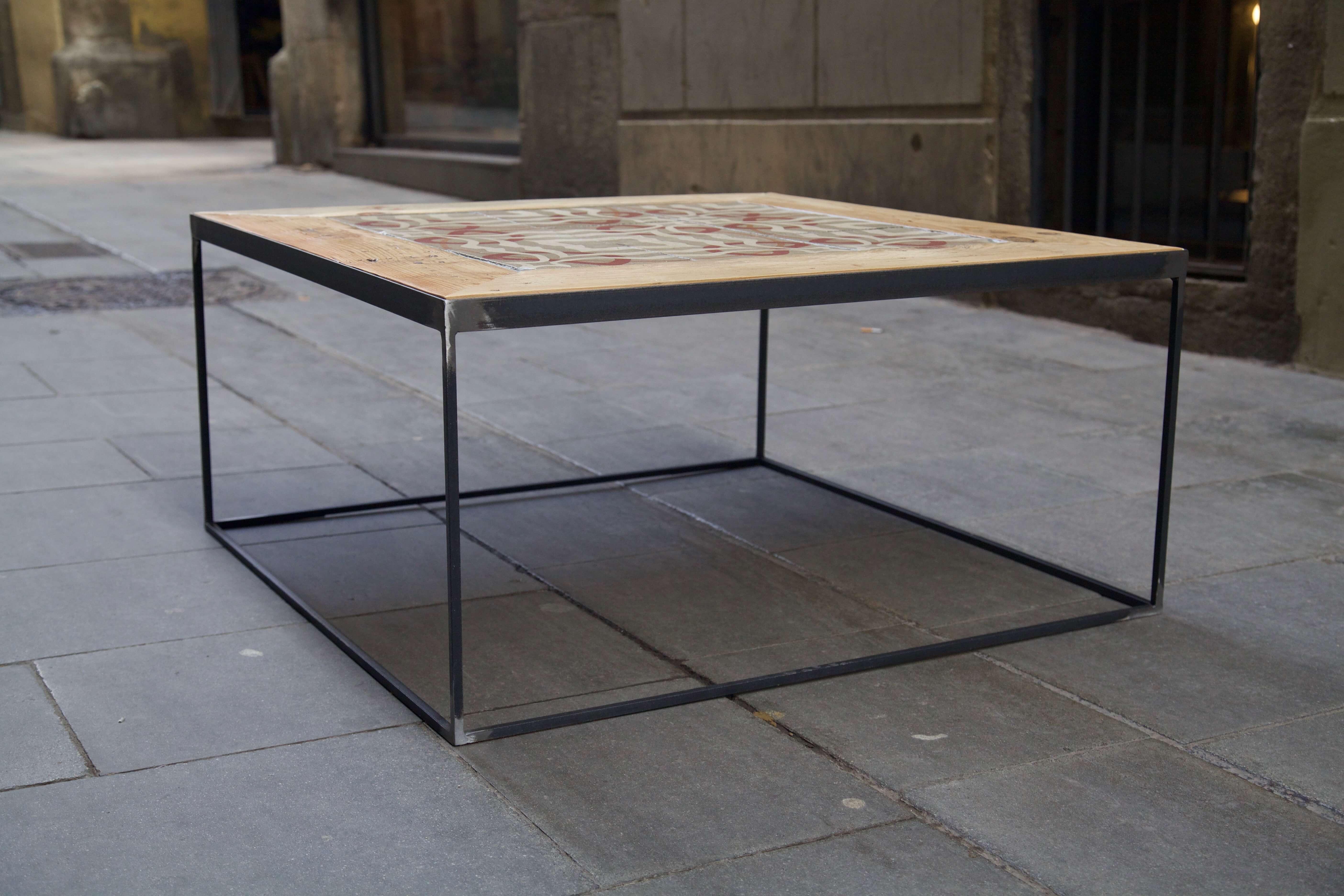 detalle plano mesa hecha con baldosas hidráulicas